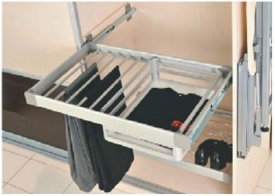 Изтегляща поставка за панталони с кошница - плавно прибиране