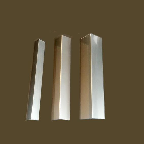 Алуминиев ъглов профил в инокс
